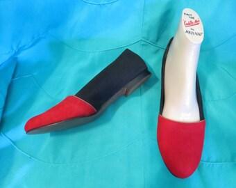 40s 50s Bright Red n Black Flats.6.5 N