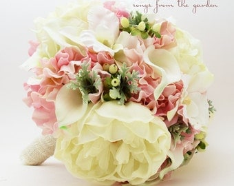 Coral & Pink Bouquets
