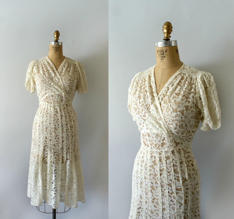 inscription r serv eann es 1940 robe vintage 40 s ivoire. Black Bedroom Furniture Sets. Home Design Ideas