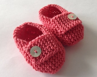 Baby girl loafers - coral pink hand knit loafers/ baby shoes with mother of pearl buttons, ocean themed baby gift - ready to ship