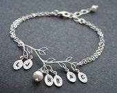 Personnalized Silver Leaf Branch Bracelet. Initial Bracelet. Sterling Silver, Monogram Bracelet, Initial Leaf Bracelet, Bridesmaids