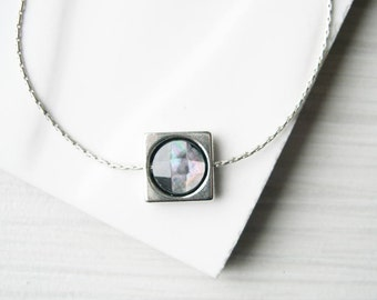 Simple Silver Necklace, Minimalist Jewelry, Modern, Dainty, Mother of Pearl, Grey, Facted, Metal, Contemporary
