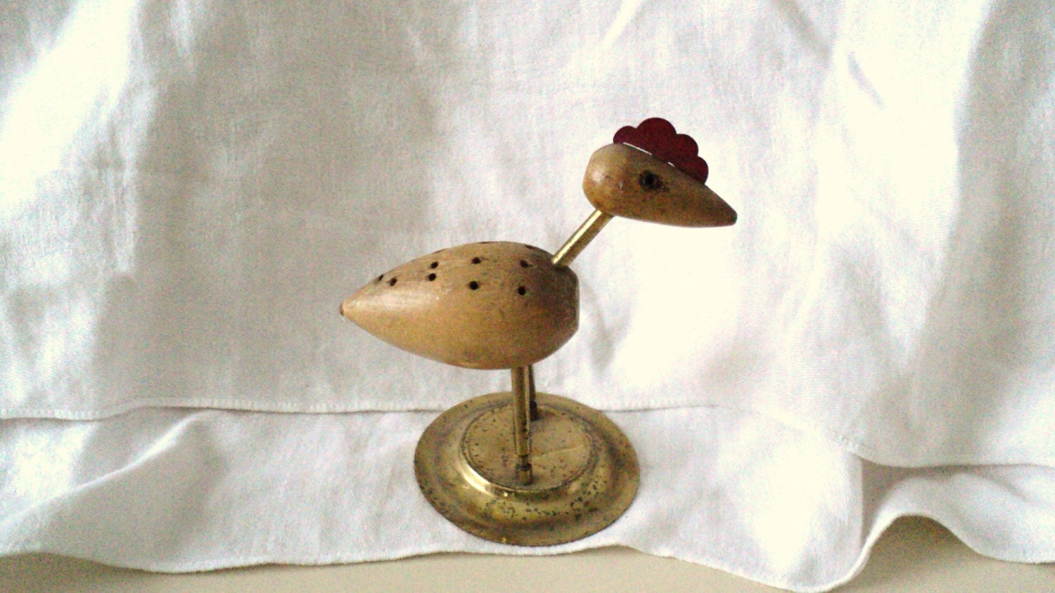 Vintage chicken wood canape cheese fruit toothpick holder for Canape holders