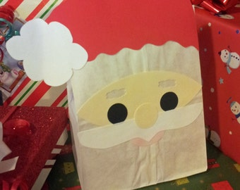 Santa Claus Treat Sacks - Christmas Holiday Theme Birthday Party Favor Goody Bags by jettabees on Etsy