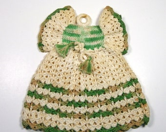 POT HOLDER DRESS, 1950's Crocheted Accessory, Vintage Kitschy, Retro Kitchen Decor