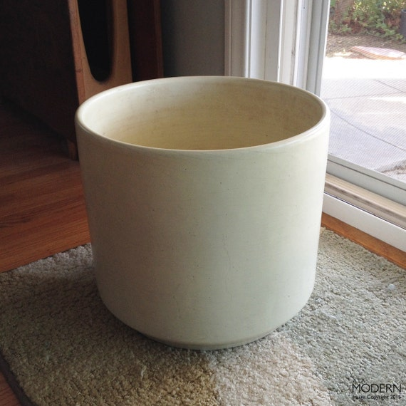 Us Pottery Of Paramount Matte White Large Cylinder Planter Pot