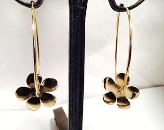 14 k Yellow Gold Daisies Dangles Hoop Earrings