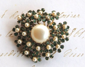 Signed Austria Vintage Rhinestone Brooch Pin Green Faux Pearl Vintage Jewelry