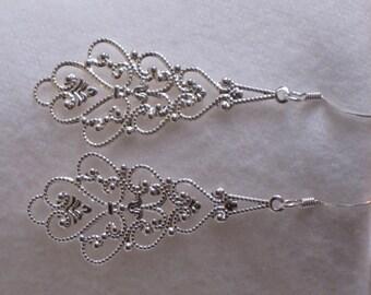 Earrrings Silver Dangle Drop Gift for Women Silver Dangle Earrings Filigree Light Weight Earrings Fishhook Casual Earrings E118