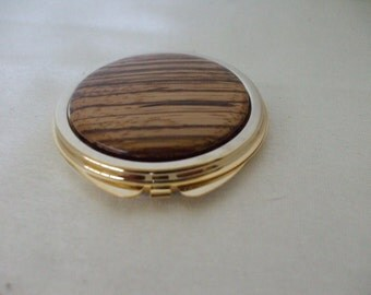 Gold Tone Compact -  Tiger Strip- Wood Grain - Style Top - Double Mirrors - Round - Vintage - Accessories - Gifts - #412