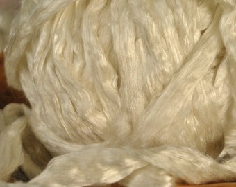 Natural Cultivated Mulberry Silk Roving Undyed