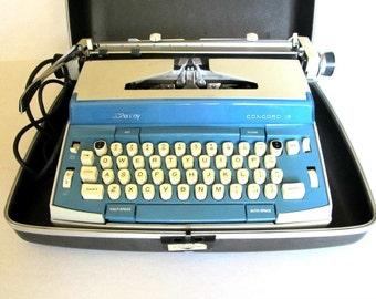 Vintage JC Penny Concord Typewriter Electric