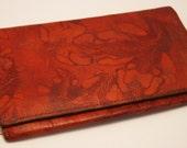 Vintage leather wallet. Bank notes. Brown.