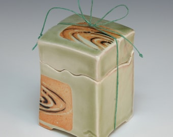 Handmade Japanese  celadon wishbox