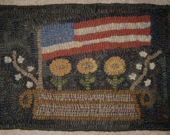 Primitive Rug Hooking Pattern-Americana Flag and Flowers