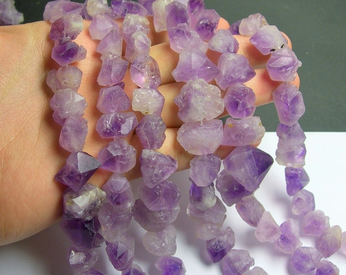 Amethyst crystal points - middle drilled - 30 pcs mix size - full strand - raw flower  amethyst point - PSC77