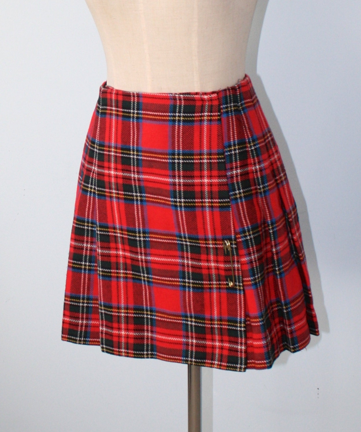 vintage plaid pleated kilt skirt 60s 70s plaid mini skirt