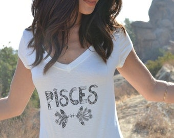 PISCES /// Boho Lux Divine Clothing /// Vintage Style Soft Tee /// Star Zodiac Signs