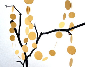 Dots // Garland in GOLD made of paper circle by renna deluxe