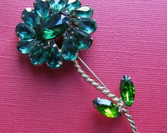 Vintage Weiss Green Rhinestone Flower Brooch Pin Circa 1950