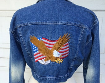 American Flag Cropped Denim Jacket | 90s Vintage Patriotic Eagle | Medium