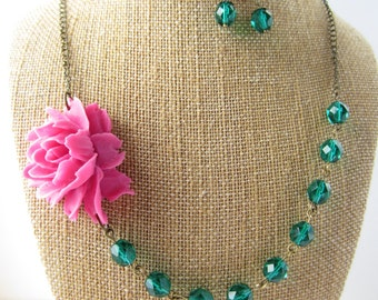Beaded Flower Necklace Fuchsia Necklace Pink and Green Bridesmaid Jewelry Set Emerald Wedding Jewelry
