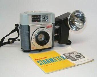 Kodak BROWNIE STARMETER Camera & Super Mite Flash plus Instructions!