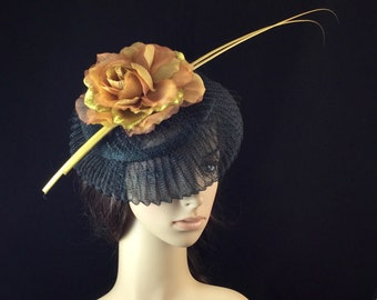 Black and Gold Fascinator Hat, Kentucky Derby Fascinator hat, Dress Fascinator Hat