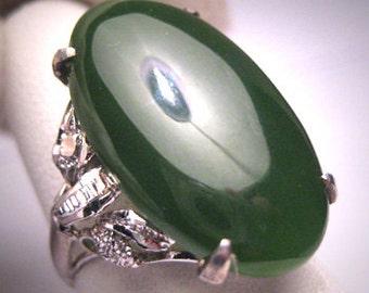 Antique Green Jade Ring Vintage Retro Art Deco Mid Century Filigree