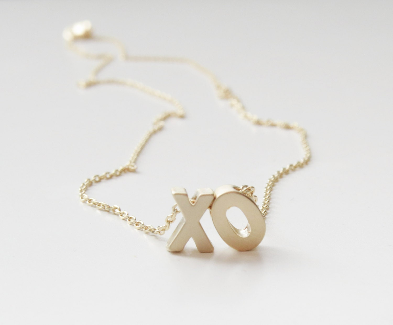 xo necklace beyonce xo necklace gold word necklace gold