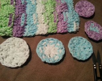 Facial cleansing washcloth snd scrubbies