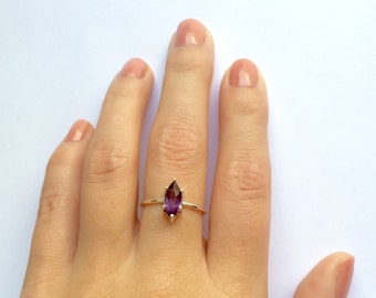 Marquise Ring - Stacking Ring