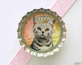Cat Queen Bottle Cap Magnet - cat magnets, handmade fridge magnet cat, fridge magnet, cat party favors, funny cat gift, funny magnet, art
