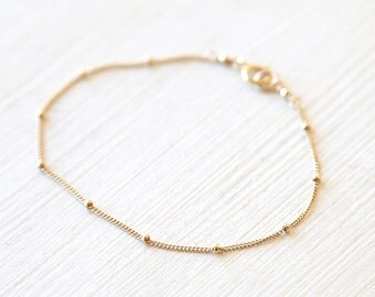 Simply Dotted Bracelet // 14k Gold Filled // Sterling Silver // Rose Gold Filled // simple modern everyday layering necklace