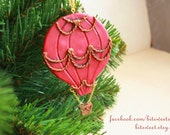 Vintage Hot Air Baloon - christmas ornament, custom color and text