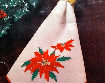 Vintage Wonderart Christmas Traditions Poinsettia Napkins (2) // Stamped Kit for Embroidery // Christmas Craft // Holiday Craft