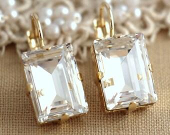 White Crystal Gold drop earrings, Swarovski Bridal earrings, Wedding jewelry, Estate earrings, Emerald cut earrings, Gift for her, earrings.