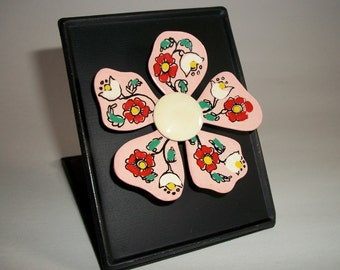 My RePurposed UpCycled Magnets From 1960s Flower Power Brooch Pins 41