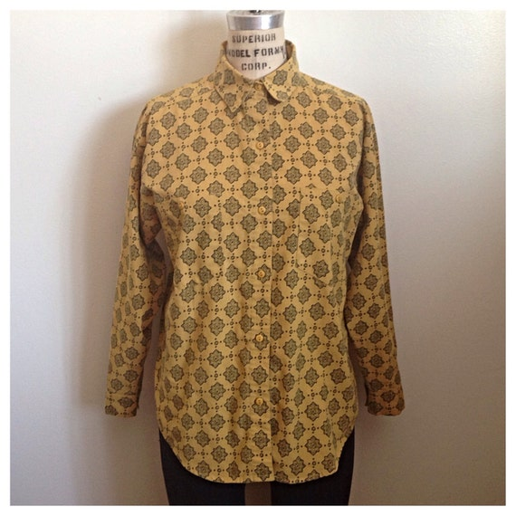 Vintage 1980s light mustard yellow button up shirt for Mustard stain on white shirt