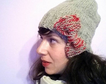 Handknitted beige hat with big bow/ one size / free shipping for European Union