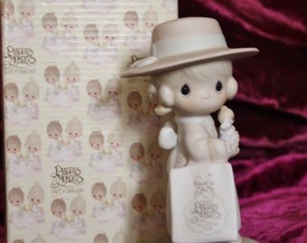 "1985 Precious Moments Member Figurine ""Seek and Ye Shall Find"""