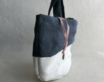 Round bottom bag ( dark blue + white-flax ) +drawstring Linen Organic cotton