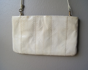Vintage SNAKE SKIN Clutch White Purse with Removable Strap Snake Skin Purse White Clutch 70's Clutch Snake Skin Bag Snake Skin Handbag