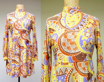 Vintage 1960s Dress / 60s Psychedelic Mini Dress / Small