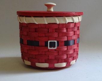 Christmas Basket-Holiday Basket-Basket with a lid-Storage Basket-Gift Basket-Candy Basket-Santa Basket-Lidded Basket-