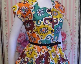 1950s Vintage Dress / Bright Bold Novelty Floral Swirl Print / Full Skirt / Crisp Cotton / by ROYAL / M Medium