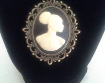 Black Woman Cameo Set