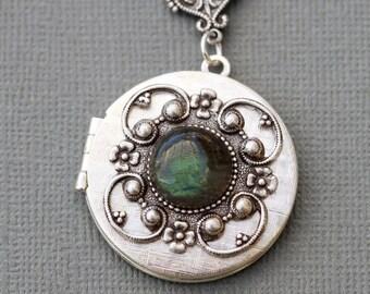 Labradorite Locket, Silver Locket,Jewelry,Necklace, Birthstone Locket, Rhinestone Locket,Flower,Wedding Necklace,bridesmaid,under the moon