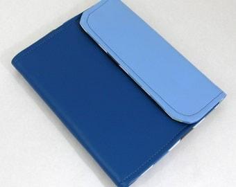 Vegan iPad Sleeve Tasca, Blue vinyl iPad case