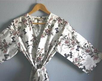White Bridal Robe.  White Kimono Robe. Bridesmaids Robe. White Bridal Dressing Gown. Knee Length. Small thru Plus Size Kimono Robes 2XL.